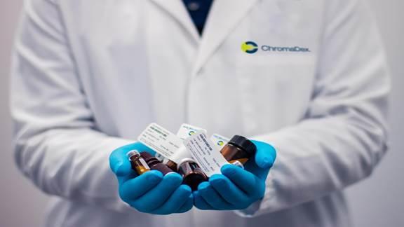 Medical pills in doctors hands
