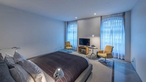 big bright modern hotel room