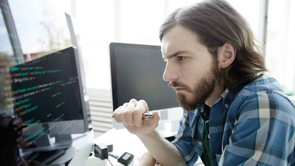 Specialist developer coding software