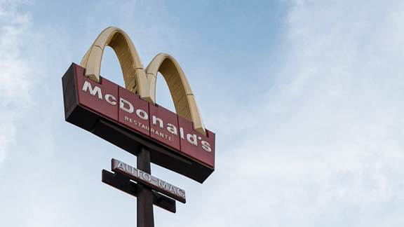 McDonalds restaurant sign